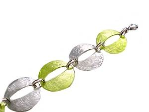 "Plus Size Bracelet Fashion Oval Silver and Green 8""-9"""